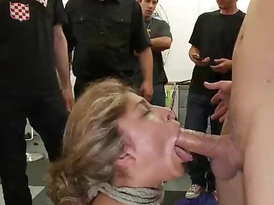 Filthy superslut gets drilled in a hair salon